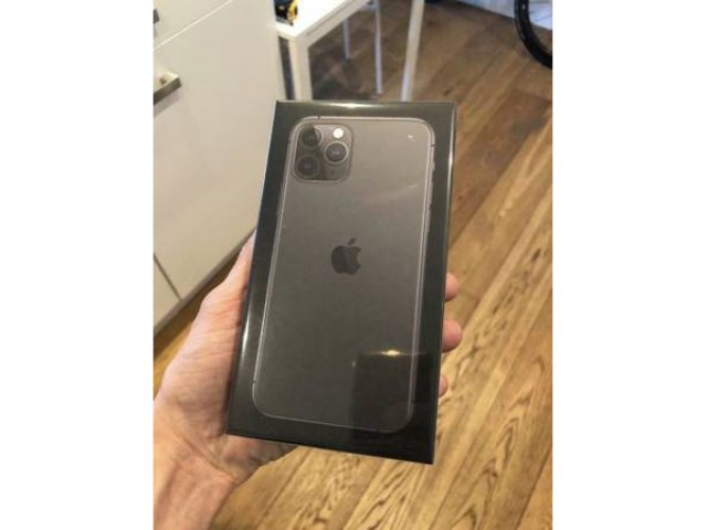 For Sale - iPhone 11 Pro Max 512 GB Space Gray Brand NEW