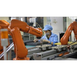 Foxconn has ten fully-automated production lines, aims to totally automate entire factories